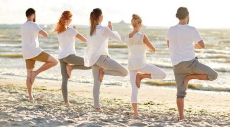Yoga-2-min-768x512