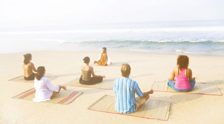 yogaaa-min-768x441